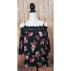 Juniors By & By Black Lace Floral Top medium